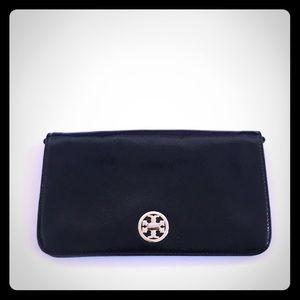 NWOT Tory Burch Convertible Clutch / Crossbody Bag